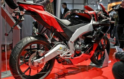 NEW MOTORCYCLE 2012 : Aprilia RS4 125 Details At USA